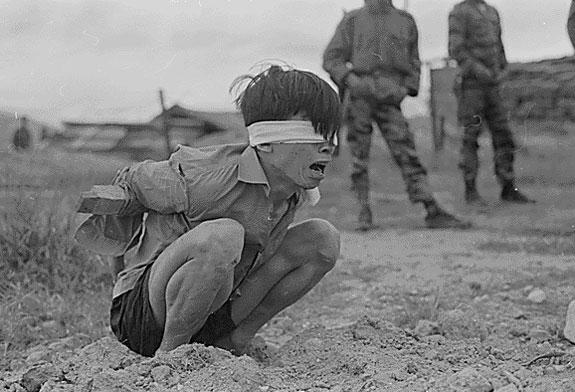 guerra vietnam - prisionero
